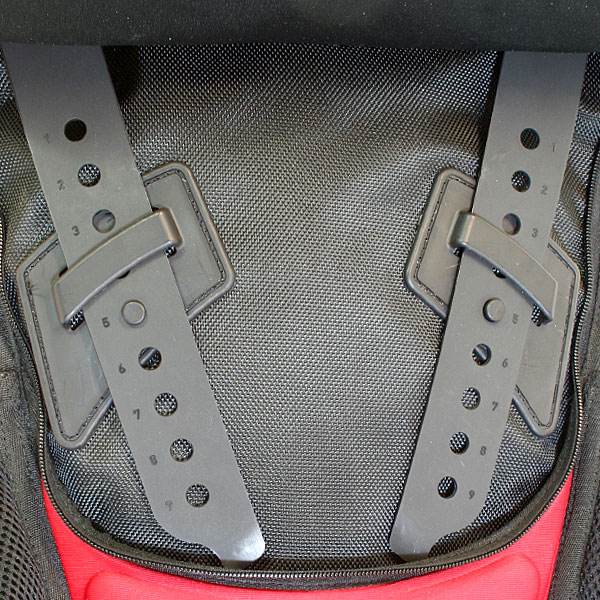 The quick, tool-free ladder lock adjustments allow optimal fitment of the pack and quick attachment and removal of CONFIGR8 accessories. Whether you're wearing a light summer jersey, or a heavy winter jacket, the Sprint can be fitted perfectly all year round. Click on the link below for more information on the CONFIGR8 pack system™.