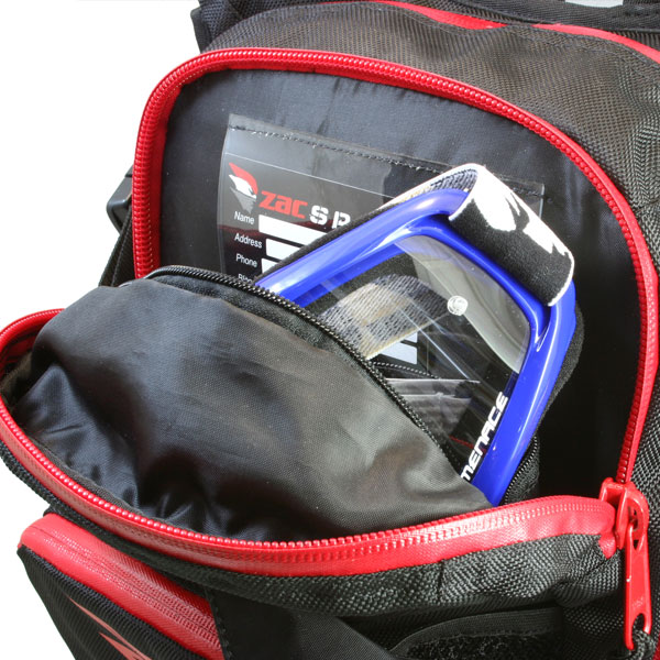 The main storage pocket offers ample storage space with a soft, fleece-lined goggle pocket. Sitting in front of the main storage pocket is a vented mesh free load pocket with two cinching straps for a secure load.